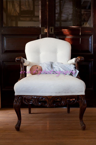 Newborn photographer buffalo