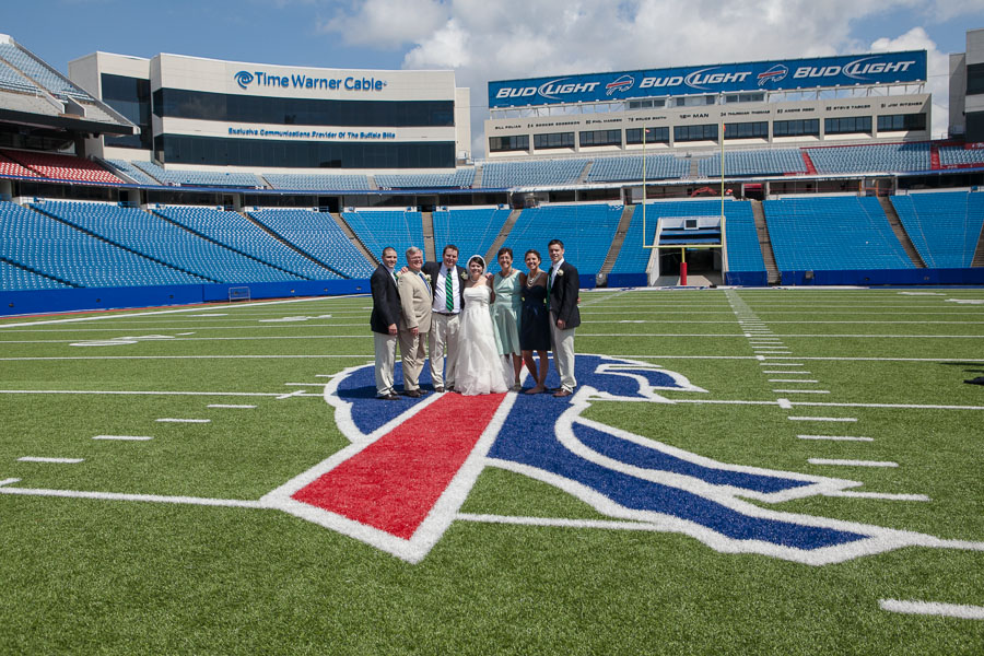 Buffalo bills wedding 24