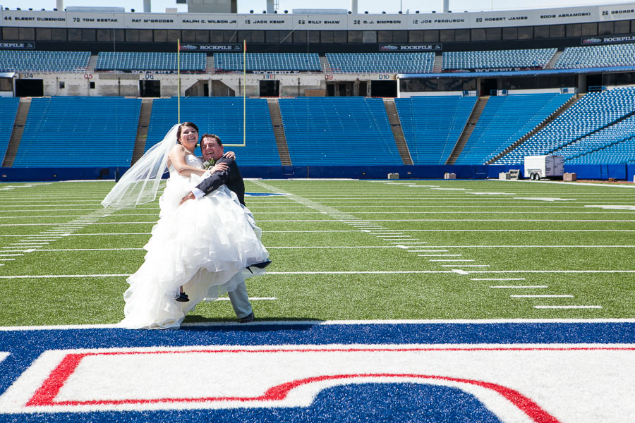 Buffalo bills wedding 29